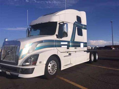 2009 volvo semi truck volvo vnl64t780 2009 sleeper semi trucks
