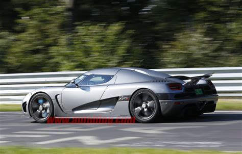 koenigsegg crash test koenigsegg agera r crash n rburgring test photo gallery