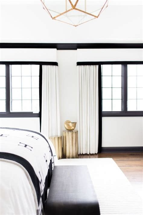 White L Shade Black Trim by Remodelaholic Decorating With Black 13 Ways To Use