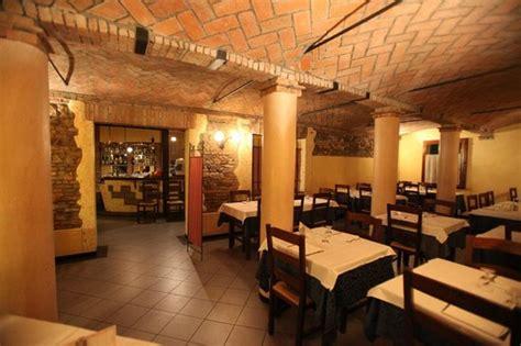ristorante il fienile reggio emilia sala foto di trattoria fienile castelnuovo rangone