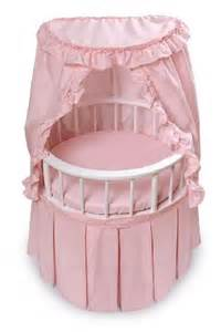 Dolls Crib With Canopy by Round Doll Crib With Canopy And Bedding The Frog And The