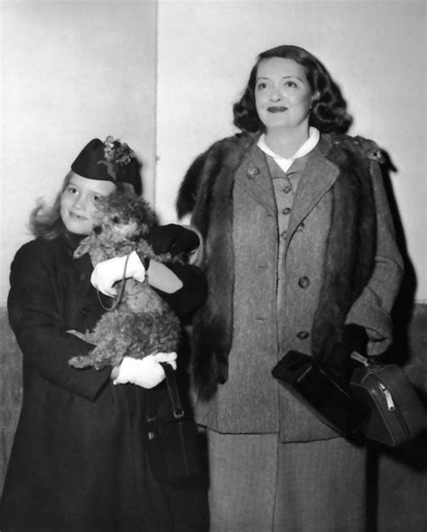 bettie davis daughter bette davis with daughter barbara 1955 fotograf 237 a y m 225 s