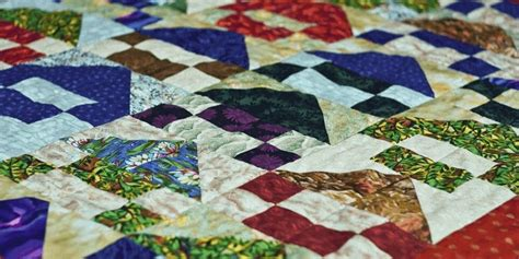 what is the difference between a quilt and coverlet what is the difference between hand quilting and machine