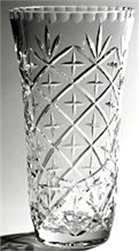Montreux Vase vases engraved vase and engraving from warwick