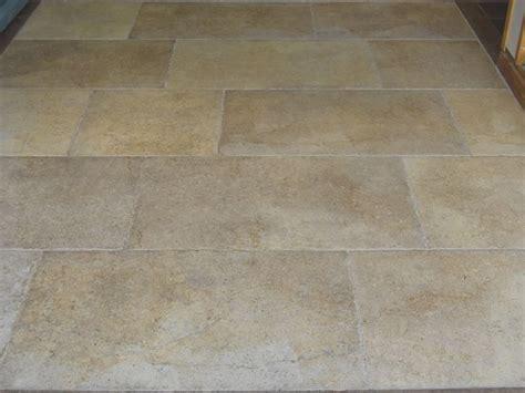 costo piastrelle gres porcellanato mattonelle gres porcellanato tipi di mattonelle