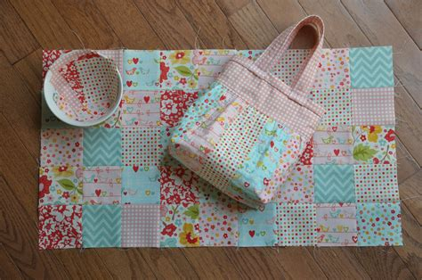 How To Do Patchwork - clover violet patchwork baby doll quilt and mini