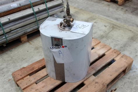 Water Heater Kapasitas 30 Liter water heater metro 30 liters kj auktion machine auctions