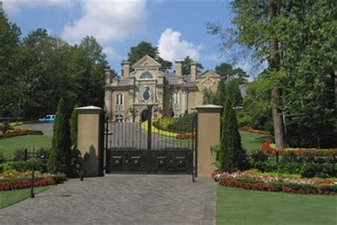 celebrity house in atlanta kenny rogers mansion in atlanta georgia celebrity houses