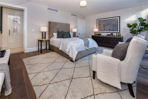 kendall jenner bedroom kendall jenner buys emily blunt s beautiful la house