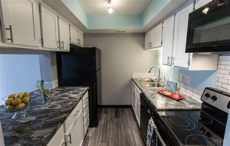 barrington appartments barrington square apartments 1 2 bedroom garden apartments 2 3 bedroom