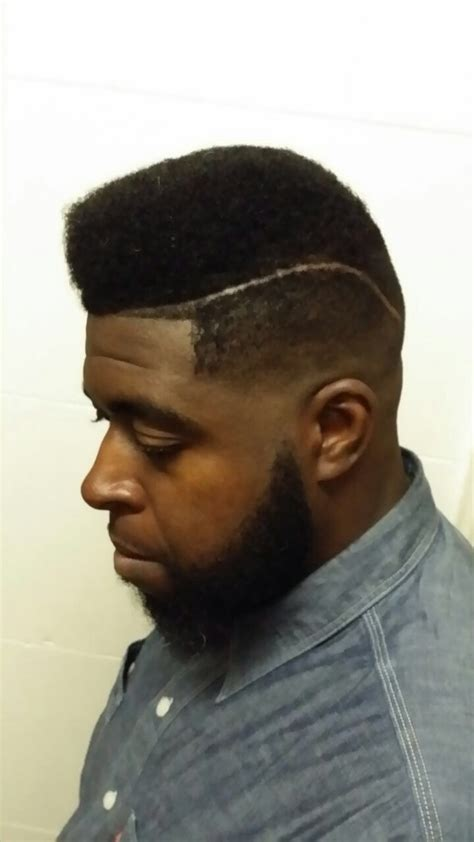 Black Guy Pompador | black mens haircut hairstyles undercut pompadour