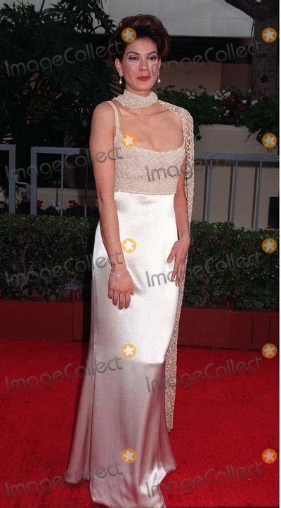 Teri Hatcher At The Golden Globes by Photos And Pictures 19jan97 Teri Hatcher At The