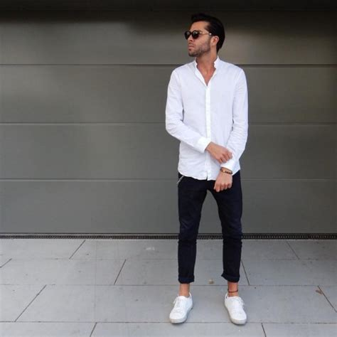 8 absolutely stunning minimalist looks you can steal the most insightful stories about mens fashion medium