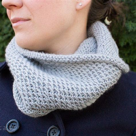 knit cowl pattern beginner knit this beautiful and cozy honeycomb cowl for
