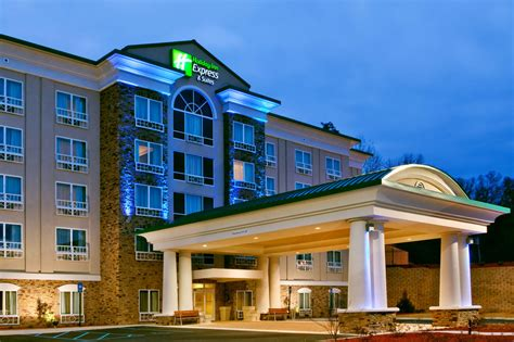 hotel in columbus ga with rooms inn express hotel suites columbus fort benning reviews photos rates ebookers