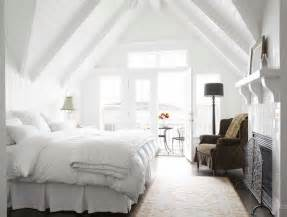 Cottage Bedroom Vaulted Ceiling Bedroom With Vaulted Ceiling Transitional Bedroom