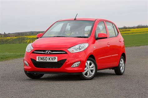 hatchback hyundai hyundai i10 hatchback 2008 2013 photos parkers