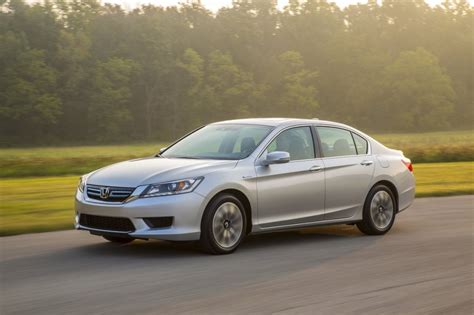 honda accord 2014 hybrid 2014 honda accord hybrid driven at 50 mpg and 30k does