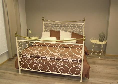 Wit Ijzeren Bed by Metalen Bedden Cheap Metalen Bed Wit With Metalen Bedden