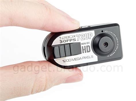how to put a spy camera in the bathroom thumb spy camera with audio recorder gadgetsin