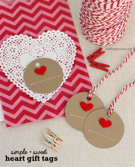 Handmade Gift Tag Ideas - 10 easy s day craft ideas to diy dear creatives