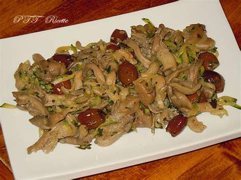 cucinare funghi coltivati ricette con funghi pleurotus
