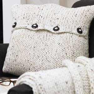 easy knit cushion cover 29 best images about craft knitted cushion on