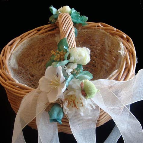 decorar cestas para bodas 17 best ideas about canastas para boda on pinterest