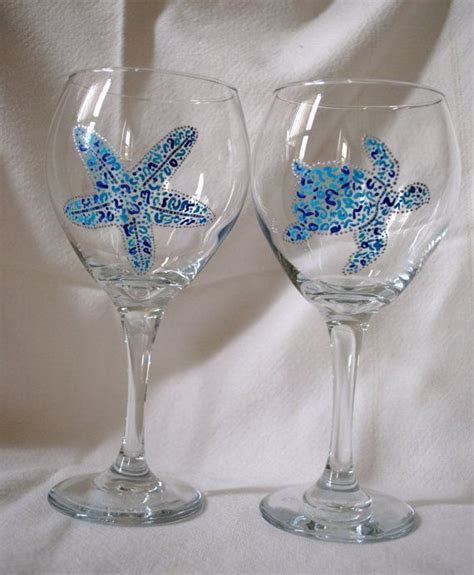 Decorated Wine Glasses by Best 25 Decorated Wine Glasses Ideas On