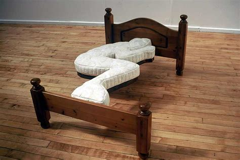 elza matratzen bed sculpture dominic wilcox