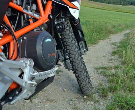 Motorradreifen Regen by Metzeler Enduro 3 Wolfs Website 252 Ber