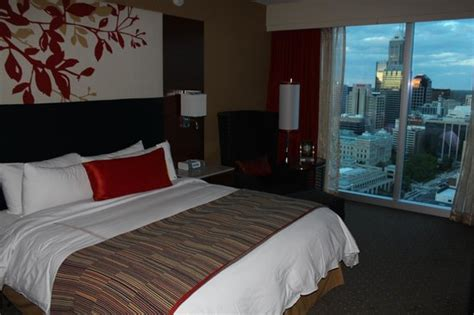 Sleeping Rooms Indianapolis by Executive Suite Sleeping Room Picture Of Jw Marriott