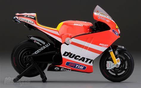 Mini Motorrad Ducati by Kyosho Mini Z Bike Ducati Desmosedici Gp11
