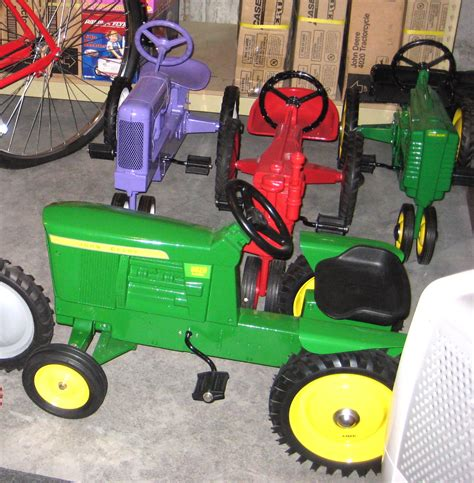 john deere toy box bench 100 john deere toy box bench musical learning