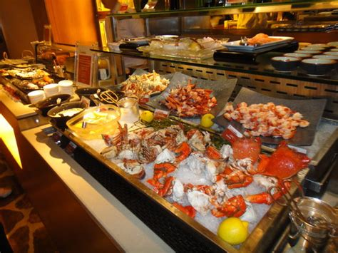 the seaood section of the buffet picture of harbourside