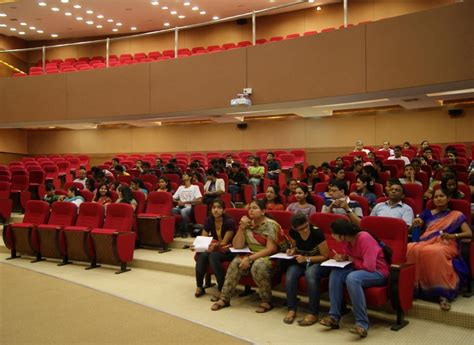 Price College Mba by Best Mba Course In Ahmedabad 171 At Unitedworld