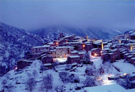 scanno web scanno in abruzzo italy in a snowy winter abruzzo