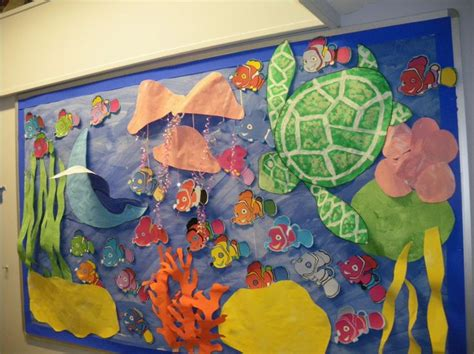 themes for ks2 paper ocean display finding nemo display classroom