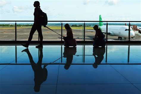 the best day to buy airline tickets budget travel