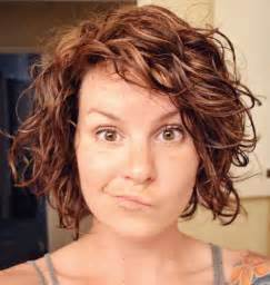 how to curly a bob hairstyle 13 best short layered curly hair short hairstyles 2016
