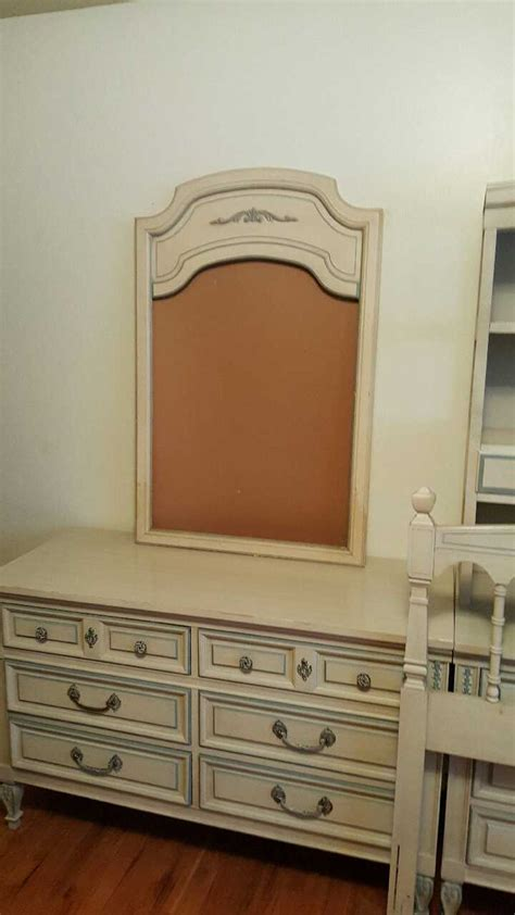 letgo dixie bedroom furniture set in glenwillow oh