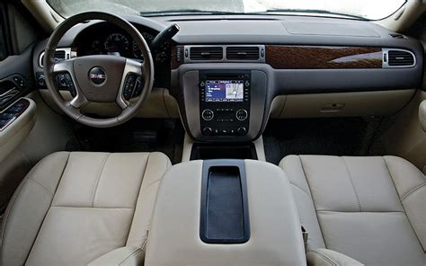 2007 Gmc Interior by 2007 Gmc Yukon Slt Term Road Test Arrival Review