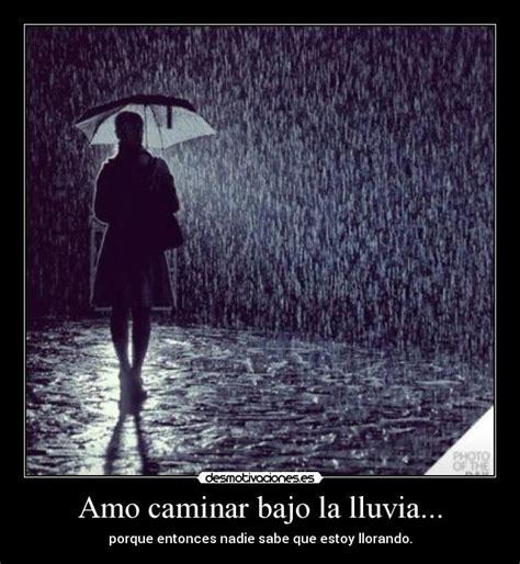 imagenes anime bajo la lluvia amo caminar bajo la lluvia desmotivaciones