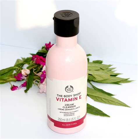 Paket Cleanser Toner Vitamin E The Shop the shop vitamin e cleanser review price photos chamber of