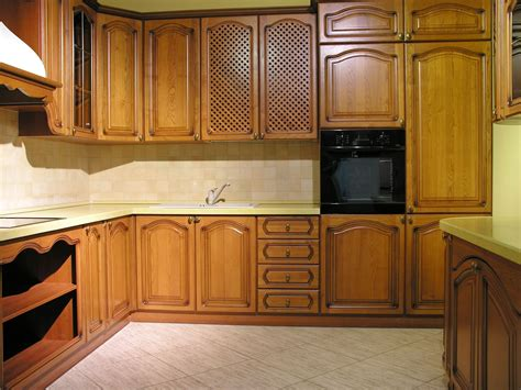 Refresh Kitchen Cabinets by How To Refresh Kitchen Cabinets Kitchen Cabinets