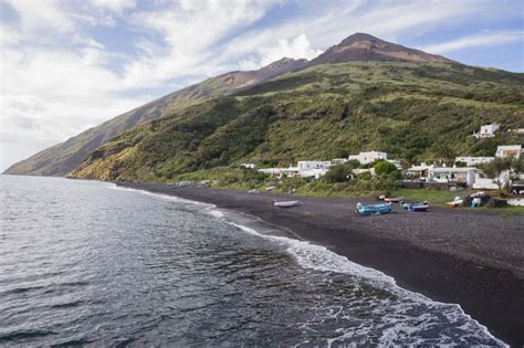 black sand 3 5 the 20 prettiest black sand beaches from around the world