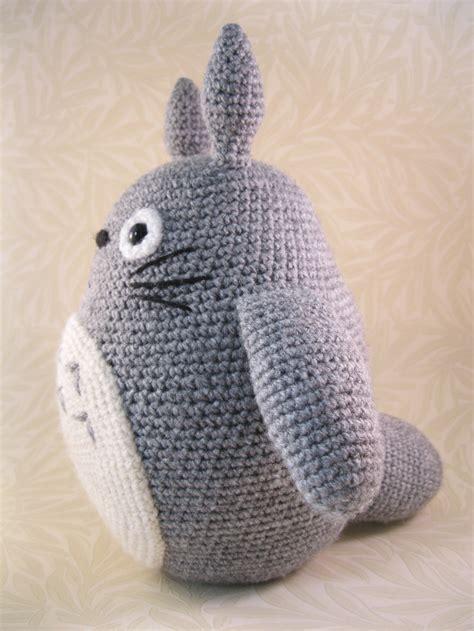 amigurumi pattern totoro lucyravenscar crochet creatures all the totoros
