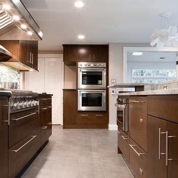 chocolate brown kitchen cabinets chocolate brown cabinets design ideas