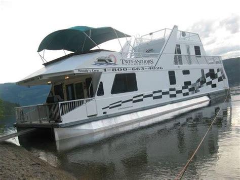 shuswap house boat waterway houseboat on shuswap picture of shuswap lake kelowna tripadvisor