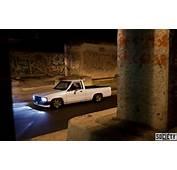 JDM Truck – 1987 Toyota Pickup Stanced On 15&2158 Zero Offset